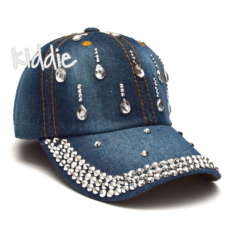 Детска дънкова шапка Kitti за момиче с камъчета
